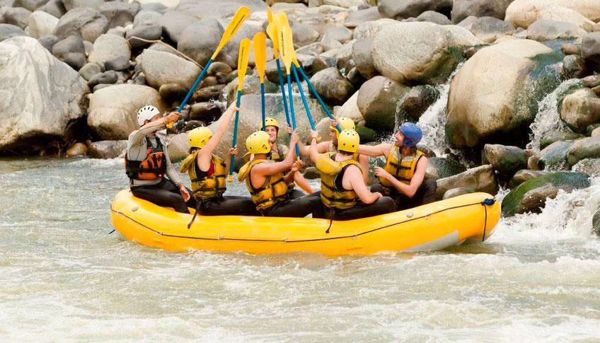 Rafting-aguas-bravas-logrono-la-rioja-2-e1417711864868