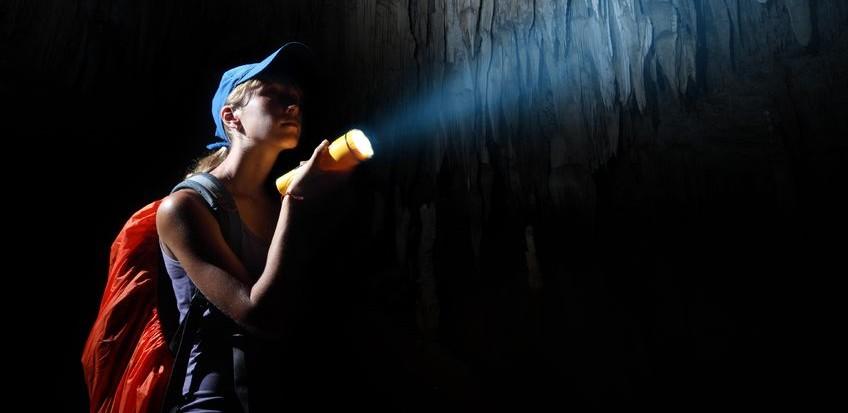 espeleologia-cuevas-logrono-nosolodespedidas-1-e1417712893422