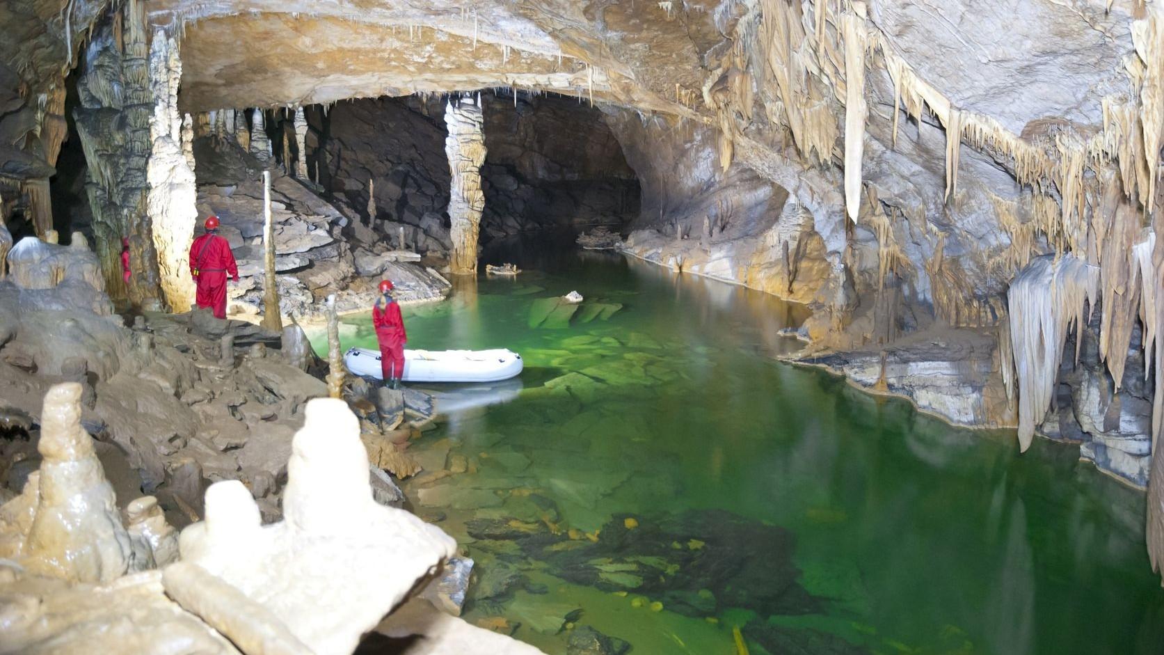 espeleologia-cuevas-logrono-nosolodespedidas-3-e1417712913996