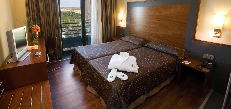 hotel-centro-logrono-nosolodespedidas-1-e1416523794237