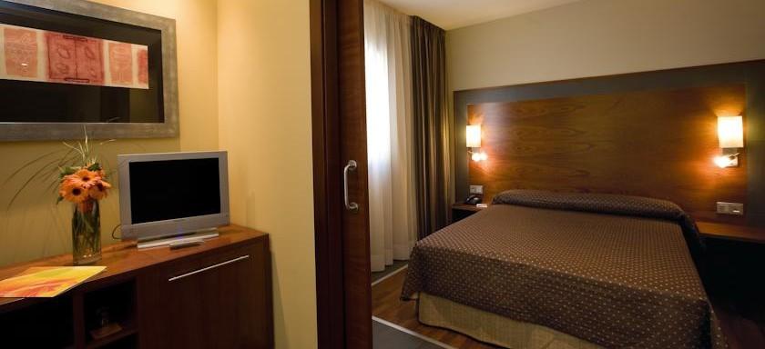 hotel-centro-logrono-nosolodespedidas-5-e1416504695975